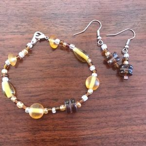 Jewelry - Brown bead bracelet and earring set